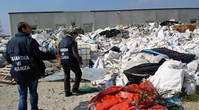 Traffico illecito e gestione non autorizzata di rifiuti, l'imprenditore Massimiliano Zito ai domiciliari