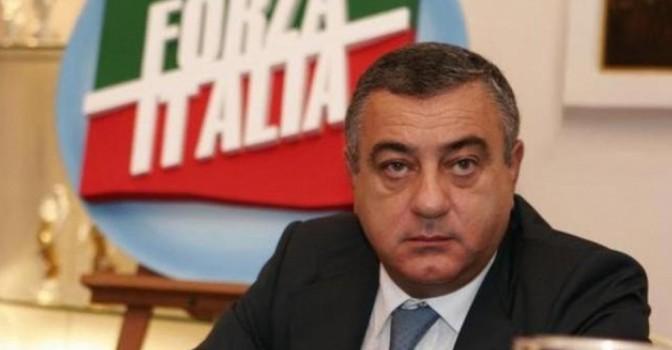 Una tempesta giudiziaria travolge la famiglia del deputato Luigi Cesaro alias polpetta