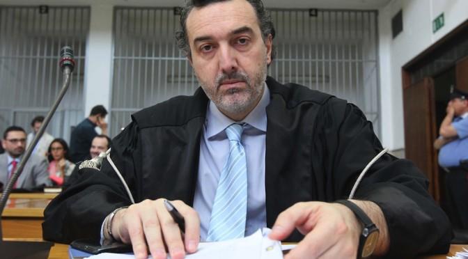 L'ex pm Ardituro (Csm) lancia l'allarme, aiutateci Napoli si spegne
