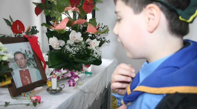 Don Peppe Diana sacrificato sull'altare del silenzio